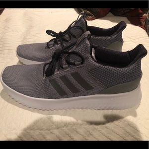 Adidas Cloudfoam size 12 gray
